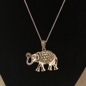🆕Sterling Silver Elephant Necklace With Crystals